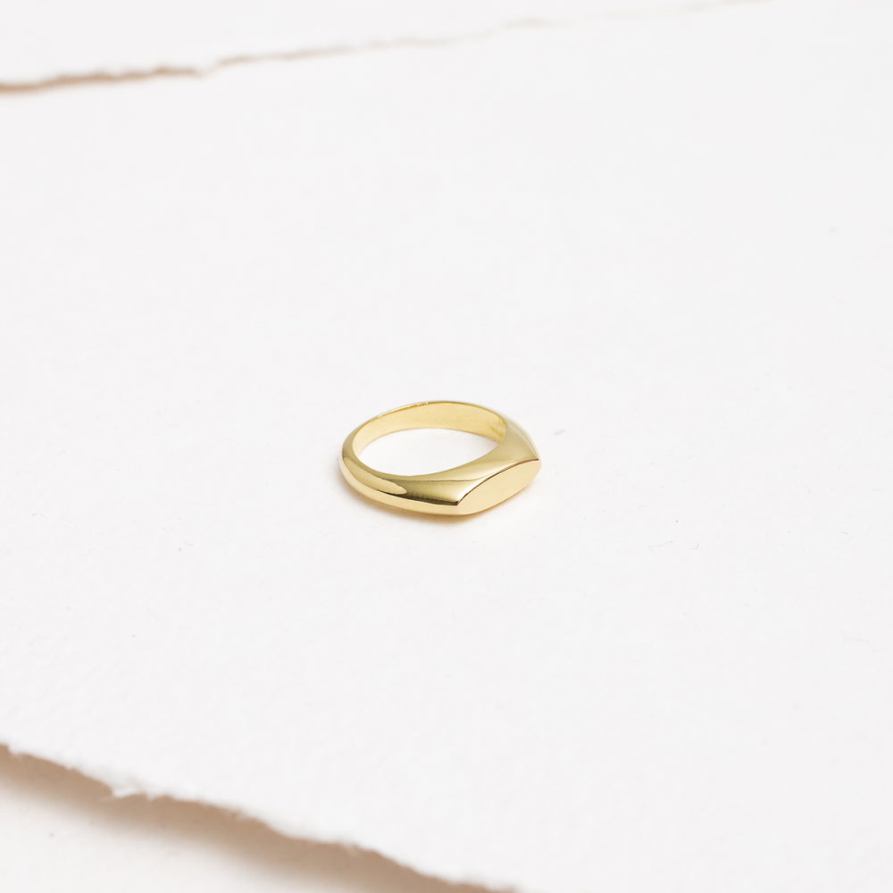 SLIM GOLD - Mini Gold Signet Ring -...