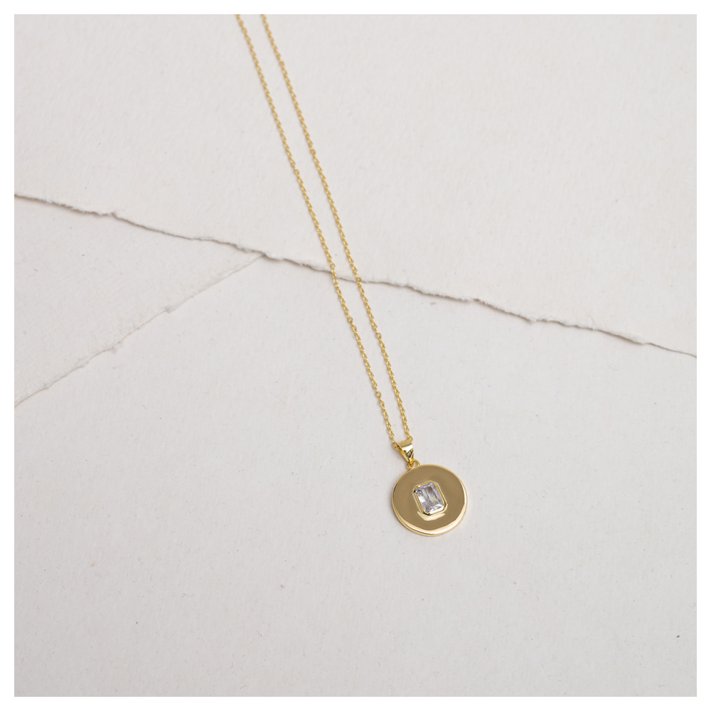 HALO - Gold plated necklace round white stone pendant